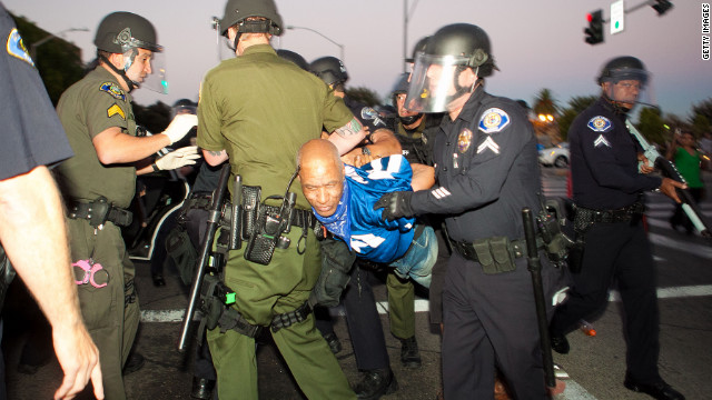 Rocks thrown at Anaheim cops at protest