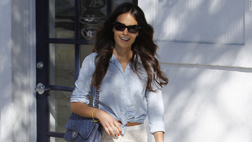 Jordana Brewster runs errands.