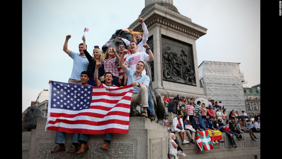 Americans shout for Team USA in Trafalgar Square.