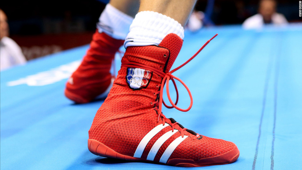 French boxer Alexis Vastine shows off some fancy footwork during his welterweight bout against Tuvshinbat Byamba of Mongolia.
