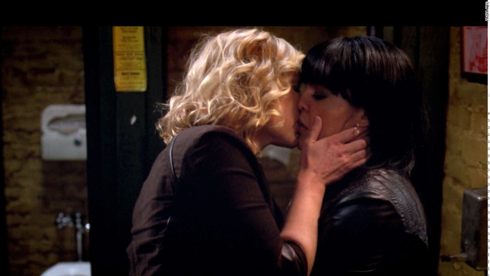 "Arizona and Callie's first kiss on ABC's ""Grey's Anatomy."""