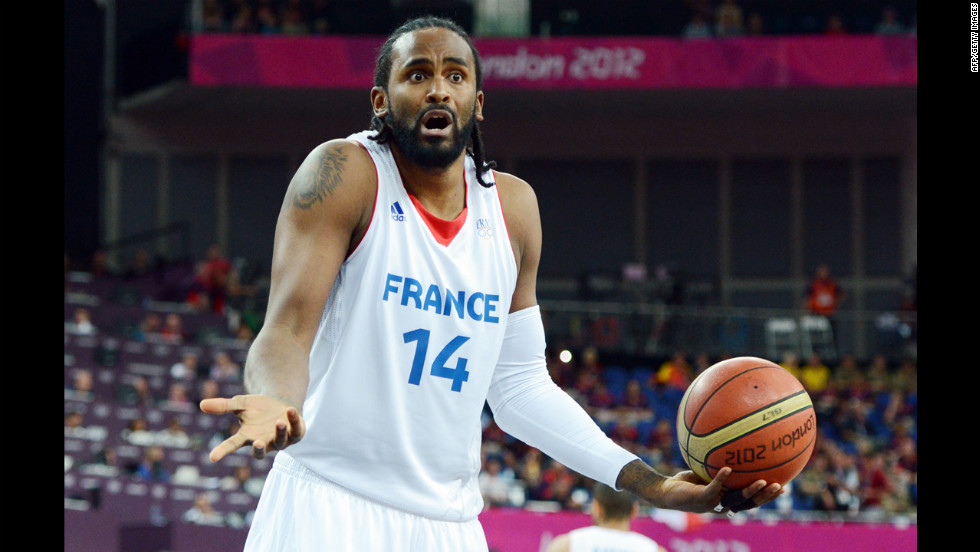 French center Ronny Turiaf is caught unawares when an official springs a pop quiz on him.