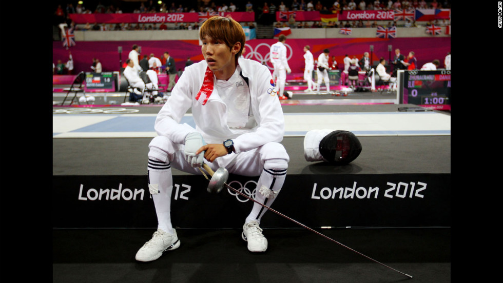 South Korea's Woojin Hwang looks on in the fencing event during the men's modern pentathlon.