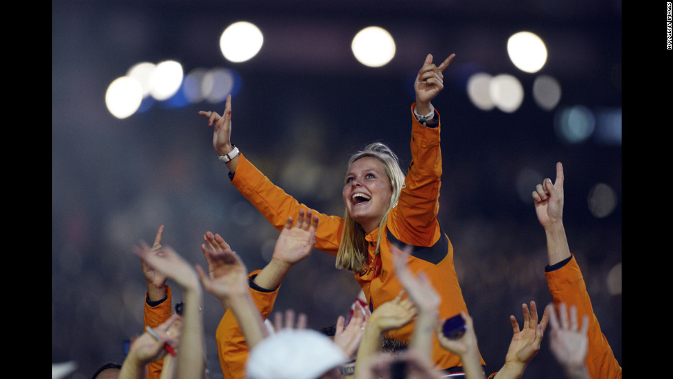Dutch athletes parade during the closing ceremony.