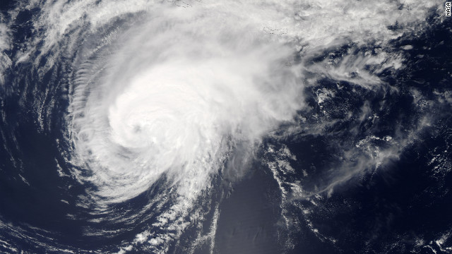 Hurricane Gordon is projected to weaken between the Azores and mainland Europe.