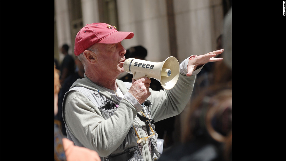 "Director Tony Scott on location for ""The Taking of Pelham 1-2-3"" on the streets of Manhattan on May 11, 2008, in New York. Scott died Sunday, August 19, at age 68 in an apparent suicide."