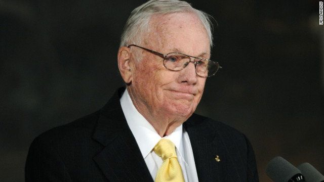 Astronaut Neil Armstrong dead at 82