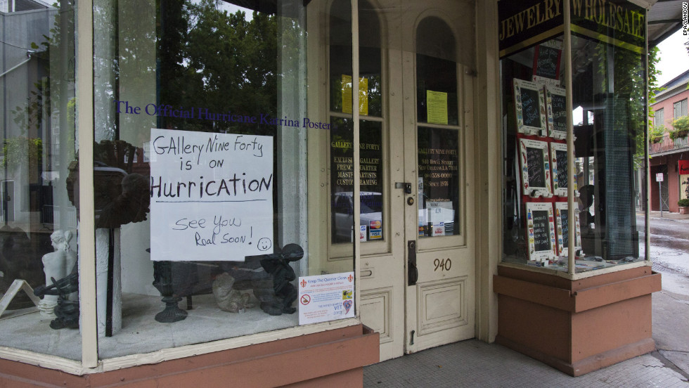 "Gallery Nine Forty in New Orleans' French Quarter notifies customers it's ""on Hurrication."""