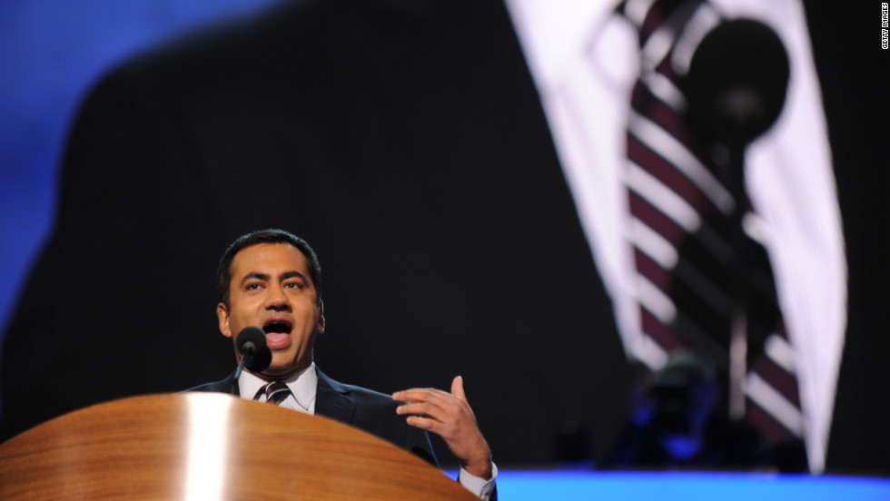 "Kal Penn, actor and former associate director in the White House Office of Public Engagement, on Tuesday took a shot at Clint Eastwood's ""invisible chair"" improv -- from the Republican National Convention last week -- during his address to the DNC."