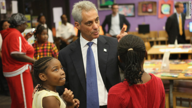 "Mayor Rahm Emanuel visits Chicago students Monday at Woodson Regional Library, a ""safe haven"" for children during the strike."