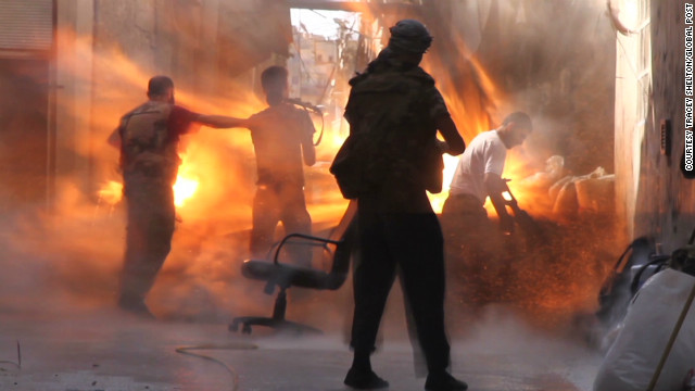 Photojournalist describes Syria bombing