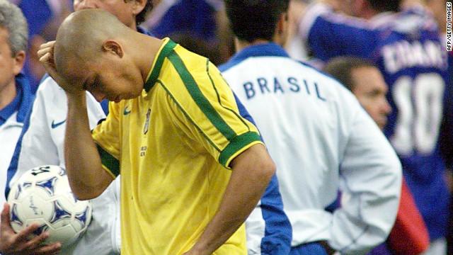 Ronaldo: Le mystère de la finale de la Coupe du monde 1998 et pourquoi l'attaquant vedette du Brésil est à peine arrivé