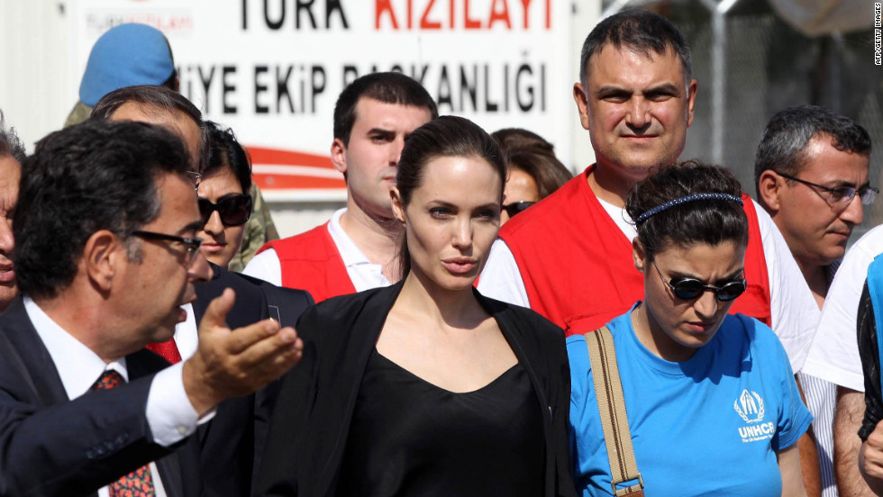 Jolie arrives on Thursday at a refugee camp in the southeastern Turkish city of Kilis to meet Syrian refugees. Jolie visited the Oncupinar camp, Turkey's largest, where some 12,000 people are staying.
