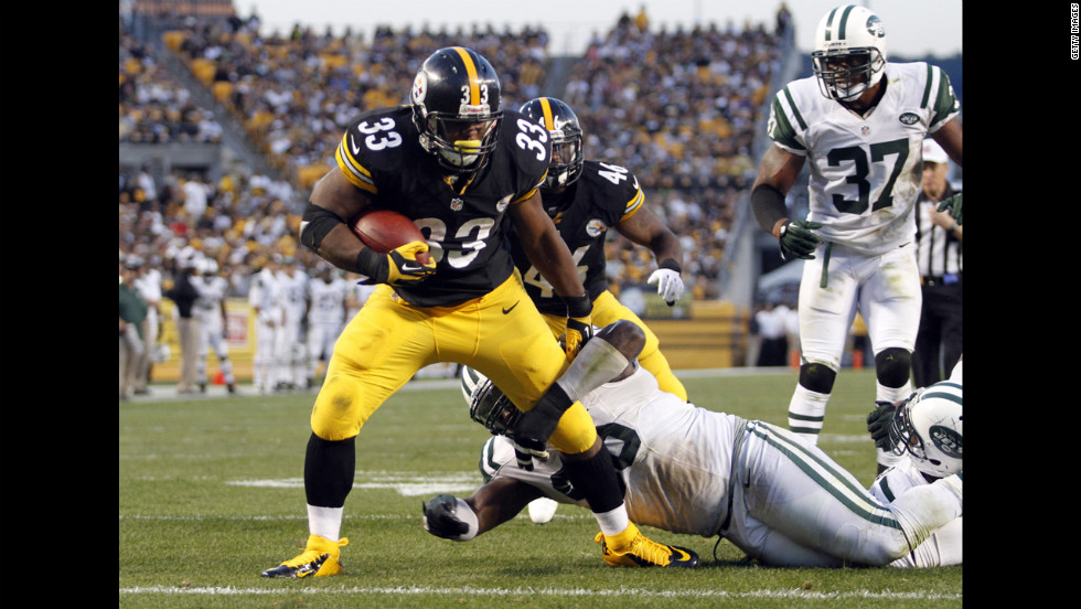 Isaac Redman of the Pittsburgh Steelers scores a touchdown in the second half against the New York Jets on Sunday at Heinz Field in Pittsburgh.