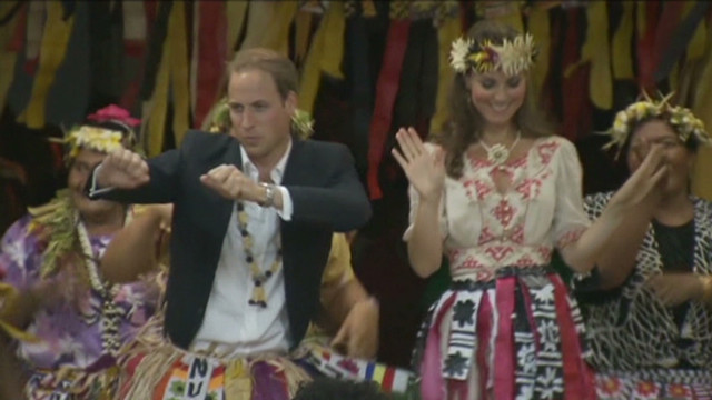 Dancing royals: Will and Kate shake it