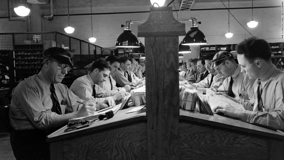 A peek inside a Washington post office in 1942.