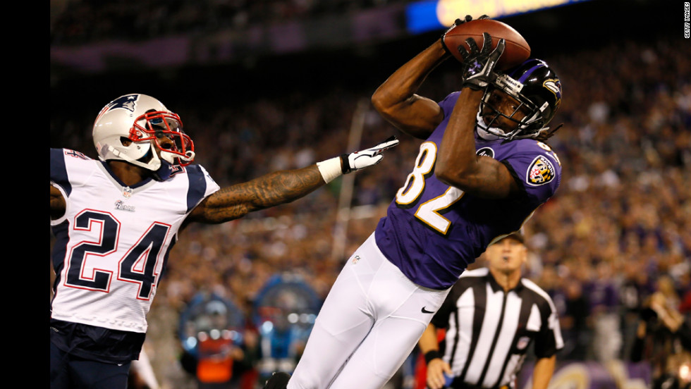 Torrey Smith of the Ravens catches a 25-yard touchdown pass in the second quarter.