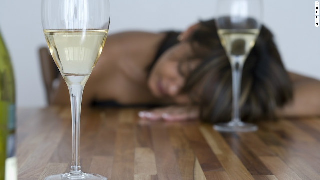 Brief counseling sessions can help curb risky or binge drinking, a new study shows.