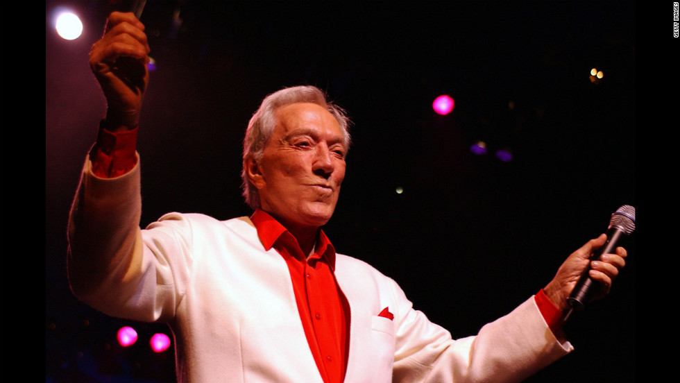 Williams performs at London's Royal Albert Hall in 2002.