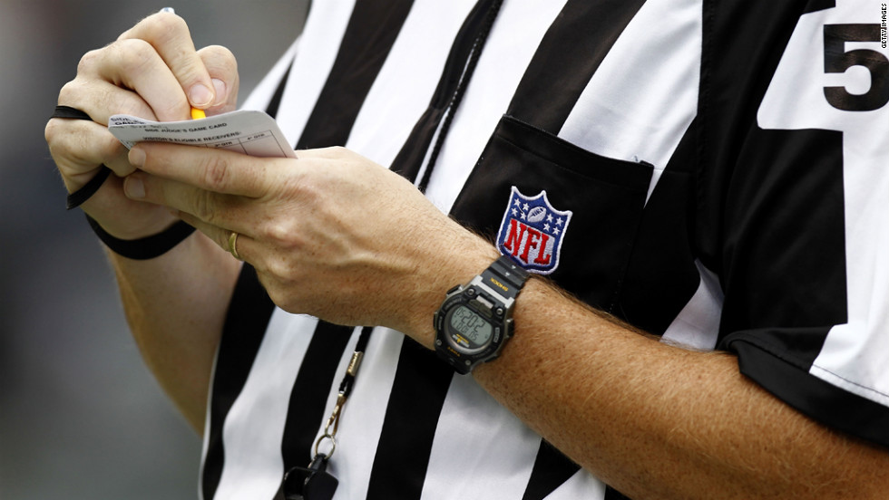 NFL head linesman John McGrath works during a game between the San Francisco 49ers and the New York Jets on Sunday.
