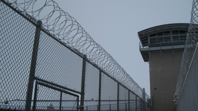 The Obama administration said it will buy Thomson Correctional Center in Illinois to house high-security federal inmates.