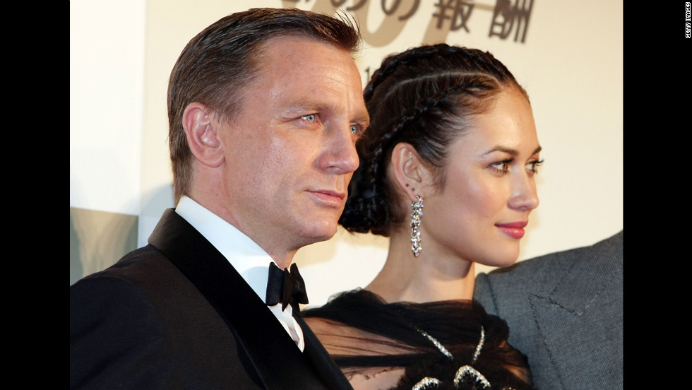 "Daniel Craig and Olga Kurylenko attend the Japanese premier of ""Quantum of Solace"" in November 2008 in Tokyo, Japan."