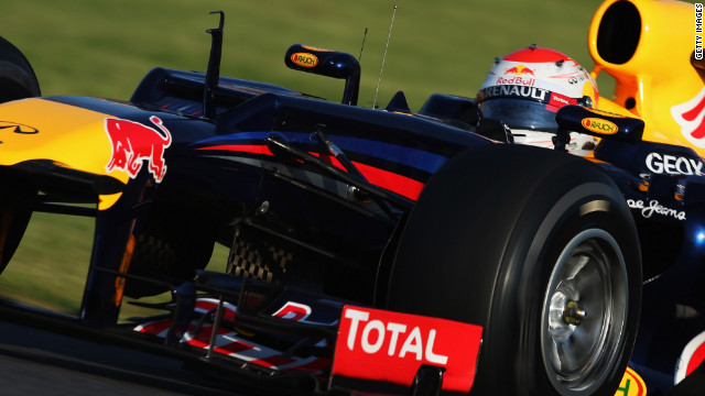 Sebastian Vettel drove his Red Bull to a commanding victory at Suzuka to boost his title hopes.