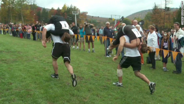 tsr pkg moos wife carrying champs_00000503