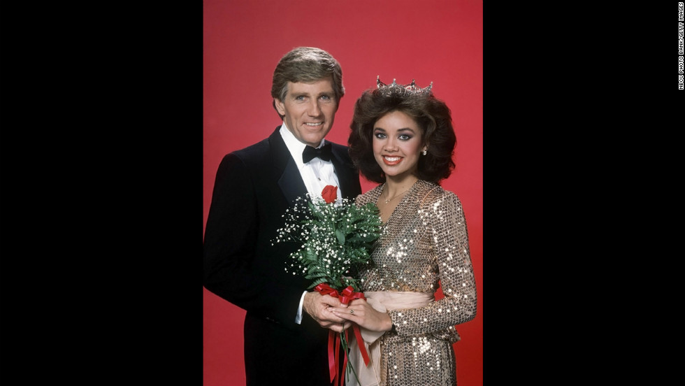 Collins poses with 1984's Miss America winner, Vanessa Williams. Collins served as the host of the pageant in the 1980s.