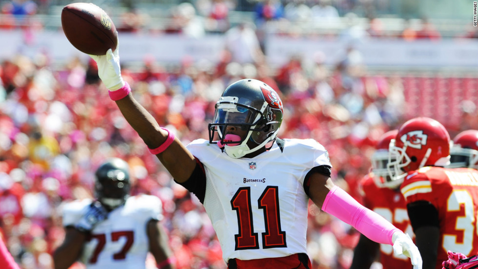 Tiquan Underwood of the Buccaneers celebrates a pass reception.