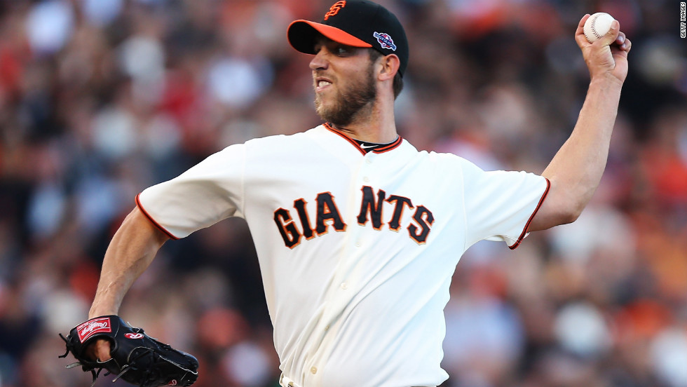 Giants pitcher Madison Bumgarner pitches against the Cardinals on Sunday.