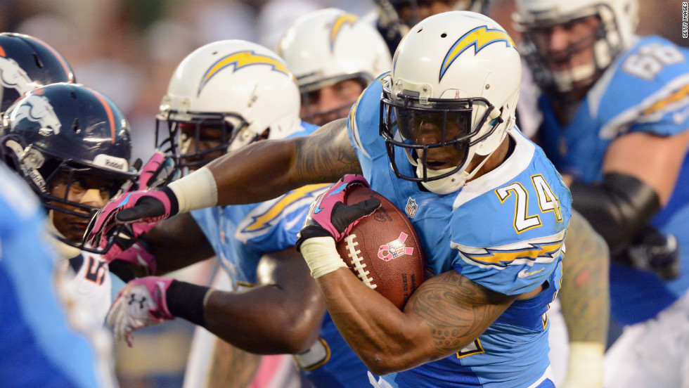"Ryan Mathews of the San Diego Chargers runs the ball against the Denver Broncos on Monday, October 15, at Qualcomm Stadium in San Diego. Check out the action from Week Six of the NFL, or <a href=""http://www.cnn.com/2012/10/04/football/gallery/nfl-week-5/index.html""><strong>look back at the best from Week Five</a></strong>."
