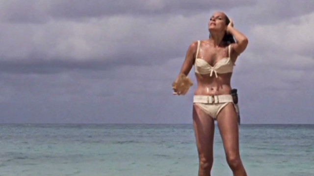'Bond girls': Bikinis and beyond ...