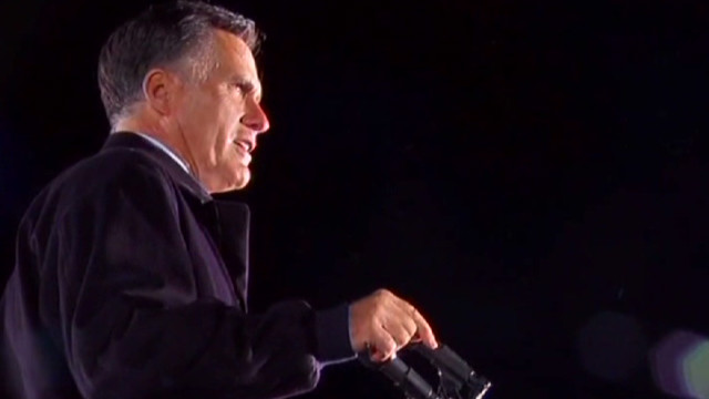 Romney camp slams 'glossy panic button'