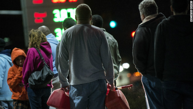 Long gas lines in Northeast after Sandy