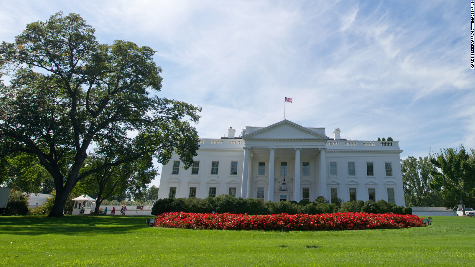 Power outages hit White House, federal buildings in D.C.