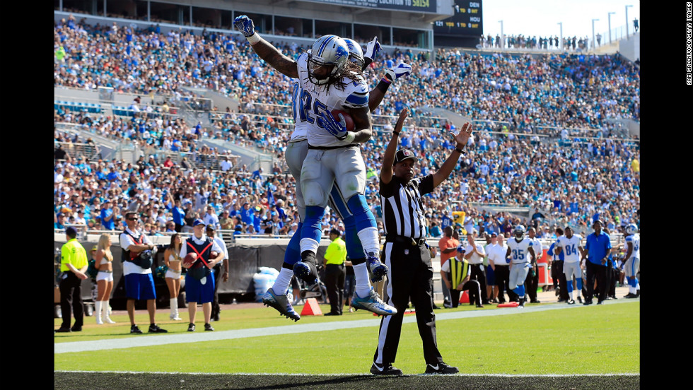 Mikel Leshoure of the Lions celebrates after scoring a touchdown during the game against the Jaguars on Sunday.