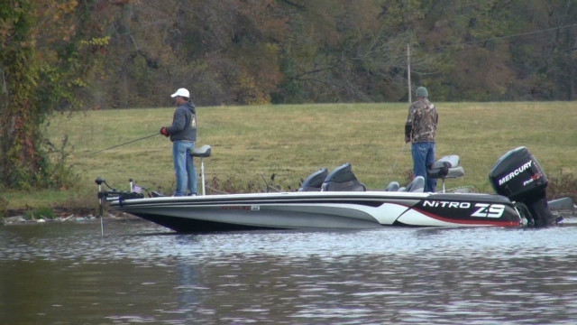 Wounded vets find relaxation in fishing