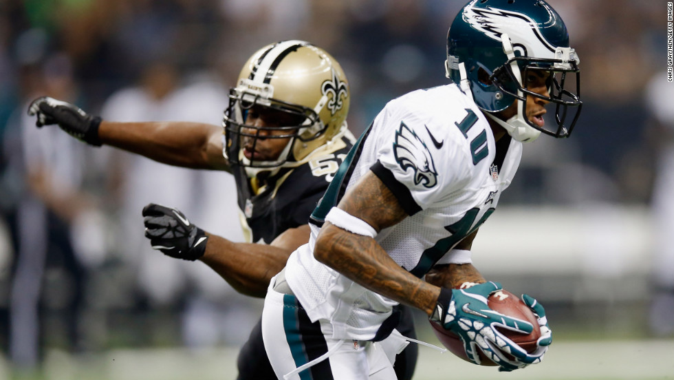 DeSean Jackson of the Philadelphia Eagles runs past Jonathan Vilma of the New Orleans Saints on Monday.