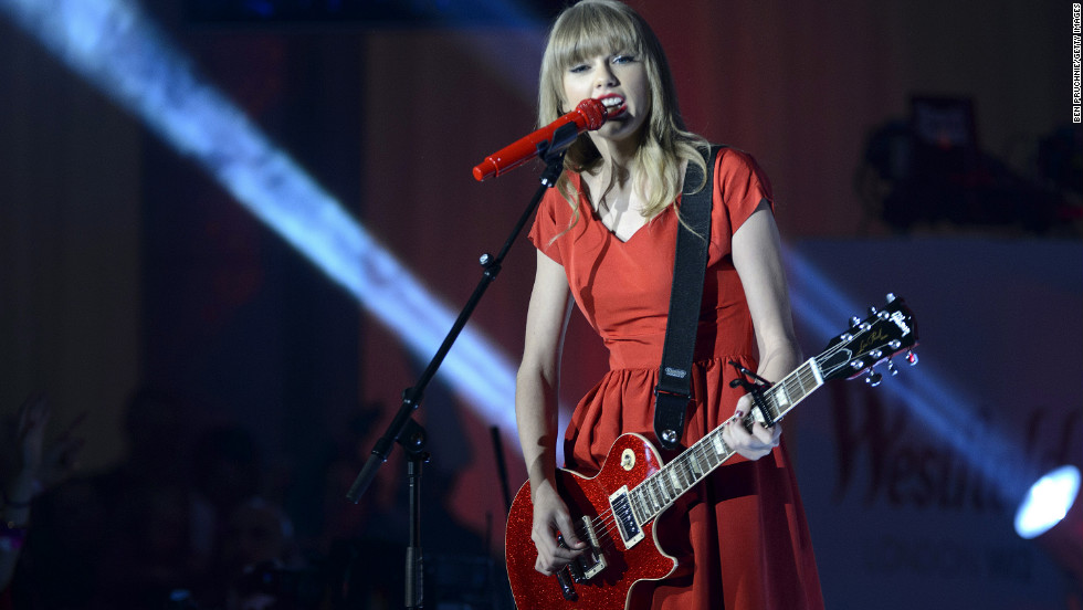 Taylor Swift performs in London.
