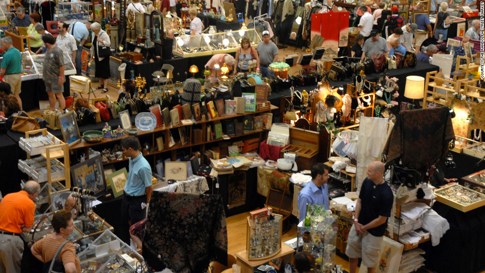 "<a href=""http://www.randolphstreetmarket.com/"" target=""_blank"">Randolphstreetmarket.com</a>; one weekend a month (dates vary). Advance-purchase admission $8, day-of admission $10."
