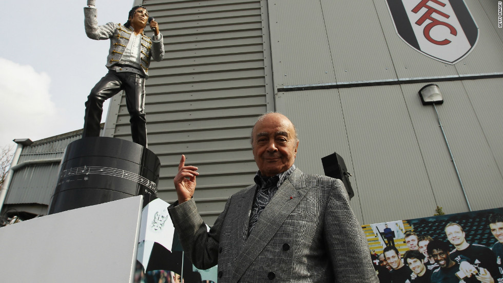More unusually in April 2011, Fulham chairman Mohamed Al Fayed unveiled a statue in tribute to singer Michael Jackson, who died in 2009, outside the English Premier League club's Craven Cottage ground.