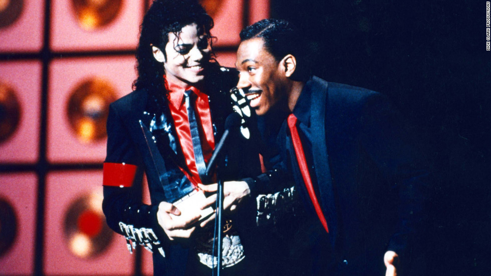 Eddie Murphy presented Michael Jackson with the Award of Achievement in 1989.