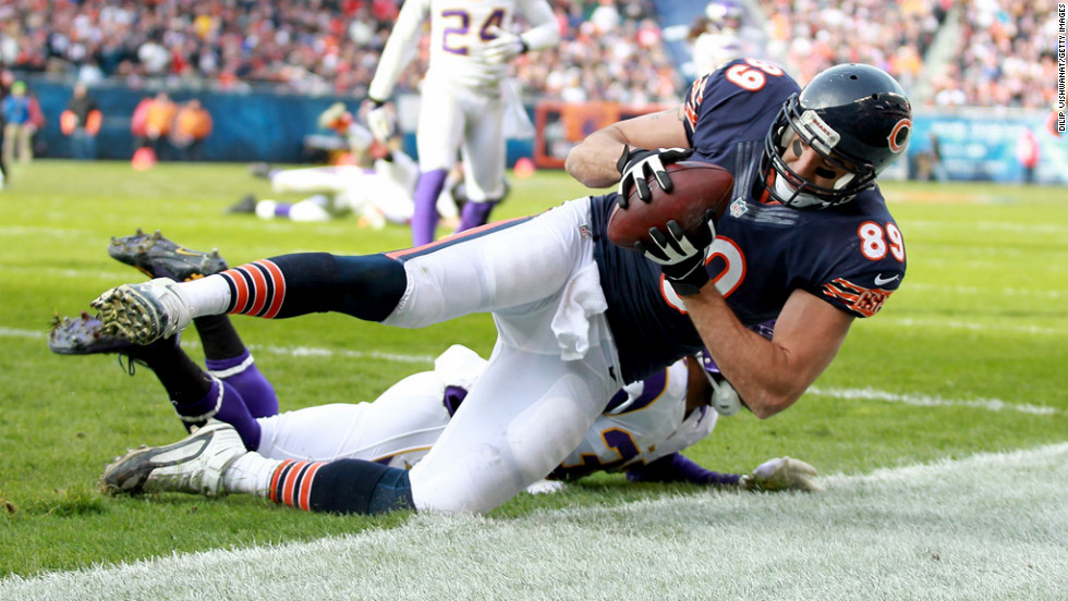 Matt Spaeth of the Chicago Bears scores a touchdown against the Minnesota Vikings at Soldier Field on Sunday in Chicago.