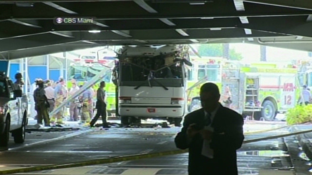 Fatal bus crash at Miami airport