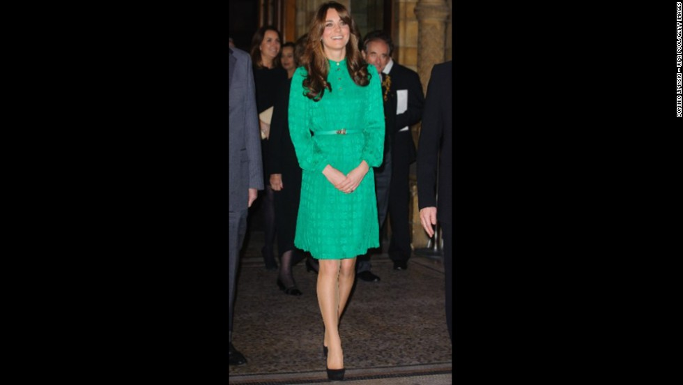 Showing off her new 'do on November 27, she wore a green Mulberry dress to the opening of The Natural History Museum's Treasures Gallery in London.