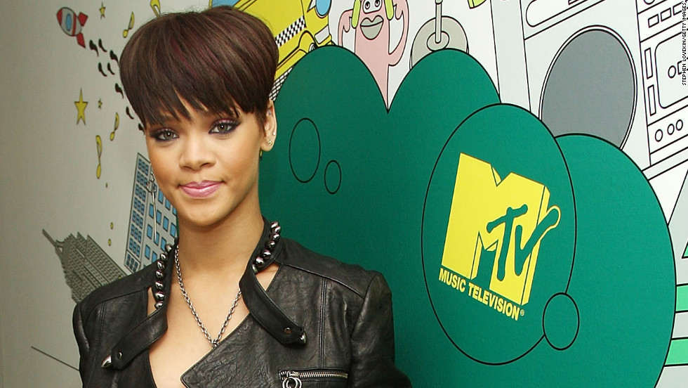"In June 2008, Rihanna once again visits ""Total Request Live."""
