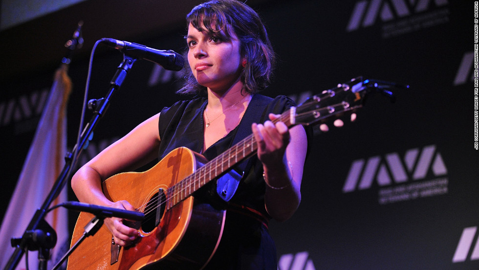 Among Shankar's survivors is his daughter, musician Norah Jones.