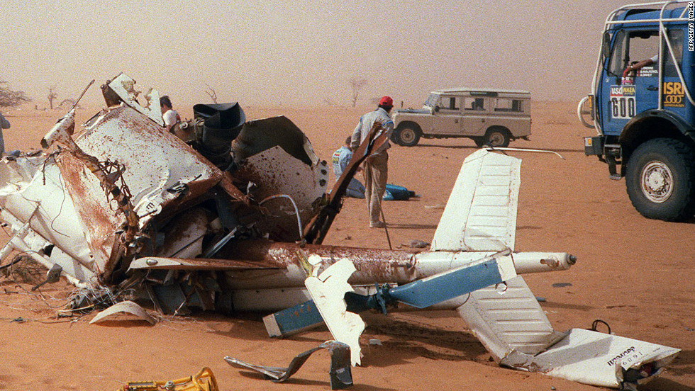 Sabine, French singer Daniel Balavoine, journalist Nathaly Odent, pilot François Xavier-Bagnoud and radio technician Jean-Paul Le Fur were killed in a helicopter accident during the Dakar in 1983. Sabine's ashes were scattered in the desert and his father Gilbert, aided by Patrick Verdoy, took over the race's running.