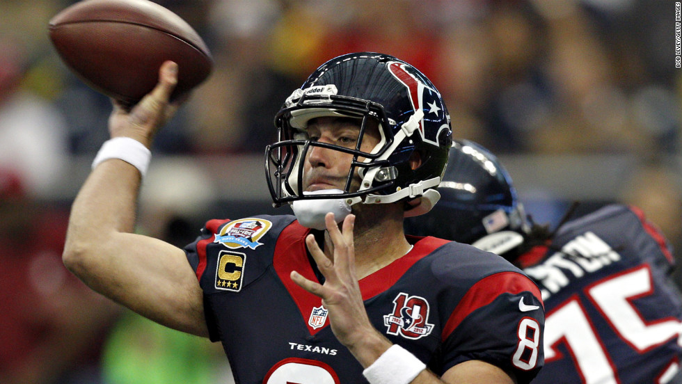Matt Schaub of the Texans throws a pass in the first half agasinst the Colts on Sunday.
